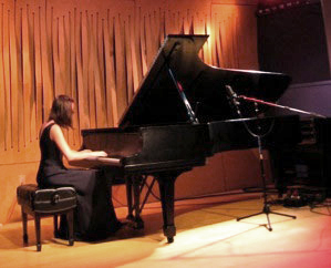 Pianist and Teacher Elaine Rombola